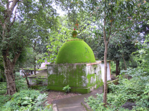 shiva temple ishwarpuri