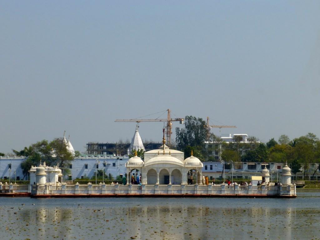 Temple in the spot where Mahavir attained Nirvana